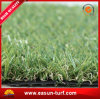 Hierba de alfombra sintetizada verde natural para la azotea y el jardín