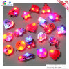 漫画ToyおよびChildrenのBirthday Party Light Brooch