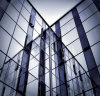 低いEガラスまたは低いE反射ガラスまたは上塗を施してあるガラスまたは低いEによって絶縁される薄板にされたガラス