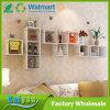 en el estante decorativo creativo de la pared del marco del cedazo de la pared