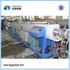 Agua del HDPE y pipa de gas que hace la máquina