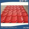 Плитки крыши листа металла красного цвета