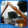 L'escavatore 16m di KOMATSU PC240 lungamente raggiunge l'asta con la benna 0.7cbm