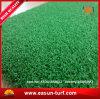 Alfombra artificial de la hierba del verde que pone del golf para poner el campo