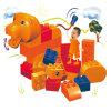 O estilo animal das crianças da fonte da fábrica obstrui o brinquedo