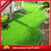 Het kleurrijke Gras van het Gras van de Speelplaats Kunstmatige voor Kleuterschool