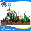 De nieuwe Plastic OpenluchtApparatuur van de Speelplaats die in de Kleuterschool van het Park wordt gebruikt