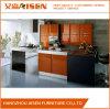 現代デザインは台所家具の食器棚をカスタマイズする