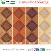 ワニのStriaeの装飾の芸術の寄木細工の床の木によって薄板にされる積層のフロアーリング