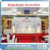 Conduzir e drapejar a decoração da barraca do casamento do partido