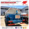 6 ruedas que ajardinan el carro de petrolero del agua con la bomba de fuego