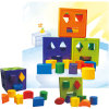 Brinquedos geométricos do edifício das crianças