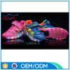 Chaussures escamotables de clignotement de rouleau de gosses de roues de DEL