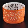 Suporte de vela cerâmica fina e votiva com padrão perfurado