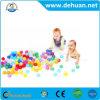 De kleurrijke Ballen van de Kuil van Kinderen Plastic