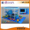 Campo da giuoco dell'interno della piccola Camera del gioco del gioco dei bambini del centro commerciale