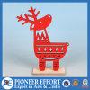 Diseño de madera de los ciervos rojos para la decoración de la tapa de vector