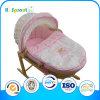 Color de rosa y White Bear Embroidery Wicker Basket para Bebes