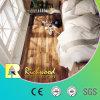 8.3mm HDFの積層のクルミのかえでの寄木細工の床のビニールの板によって薄板にされるフロアーリング