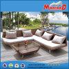 屋外のRattan SofaおよびRattan Furniture
