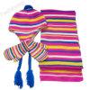 Связанный зимой комплект шлема & шарфа & перчатки