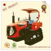De mini Tractor die van het Kruippakje van de Verrichting van de Landbouwer van het Kruippakje van de Tractor van het Landbouwbedrijf Stabiele voor Cultuur Meststof doorploegt