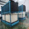 Bloco de gelo que faz máquinas para a fábrica de tratamento do alimento de peixes