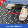 Gleitschutzwerkstatt-Kreisbolzen-Gummifußboden-Matte