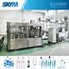 Botella plástica del agua que hace las máquinas