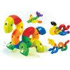 Jouets heureux de plastique de synthons d'enfants