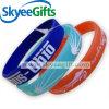 Wristband su ordinazione del silicone di vendita calda del fornitore con il vostri propri disegno