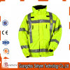 Высоким куртка безопасности видимости связанная износом