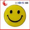 O bom fornecedor de China fêz a logotipo gravado o emblema de sorriso redondo