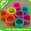 Forma personalizada que anuncia os anéis de dedo coloridos do silicone (SLF-SR020)