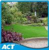 Relvado artificial do jardim da alta qualidade