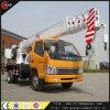 consumo de combustível pequeno de 6ton China 4WD de guindastes hidráulicos