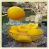Fabrication d'un gâteau de la pêche jaune en boîte