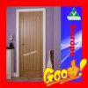 内部の木製のドア