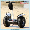 Nuevo Concept Two Wheel Self Balancing Stand encima de Scooter
