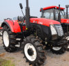 El tractor de la maquinaria de granja Wy1204 120HP 4WD está funcionando en granja