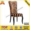 Cadeiras de jantar confortáveis elegantes do projeto luxuoso do hotel