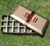 Золотистая коробка подарка шоколада бумаги искусствоа