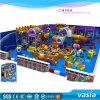 Campo de jogos interno de 2016 miúdos novos do projeto com jogos macios