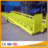 Rampa móvel hidráulica do recipiente do carregamento, rampa da jarda para o carregamento do Forklift e descarregamento