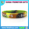 Customeized Camouflage Bulk Silicone Bracelet con Embossed (TH-8096)