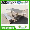 Uso da tabela e da cadeira de jantar do aço inoxidável para a cantina da equipe de funcionários