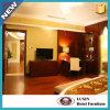 贅沢によって装飾される木のホテルの寝室の家具