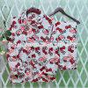 Les femmes autoguident des pyjamas de peignoirs de vêtements