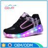 Pattini classici dell'uomo dei pattini LED di sport di fabbricazione della fabbrica dell'OEM della Cina
