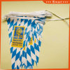 Il cliente ha progettato le bandierine della stringa per la pubblicità